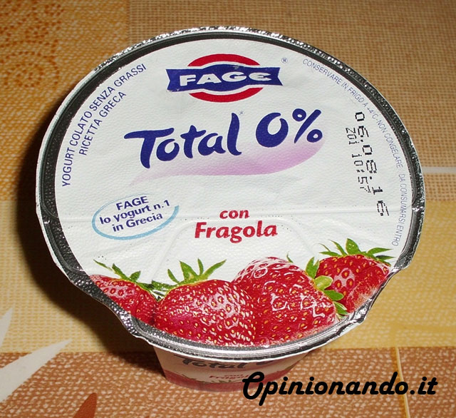 Fage Total 0% Fragola Recensione